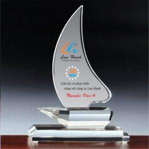 Kỷ niệm chương công ty Lan Hạnh