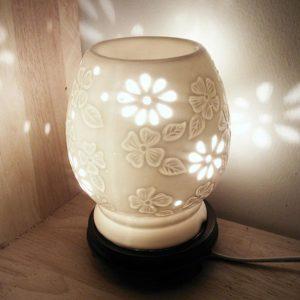 Đèn xông tinh dầu gốm hoa mai